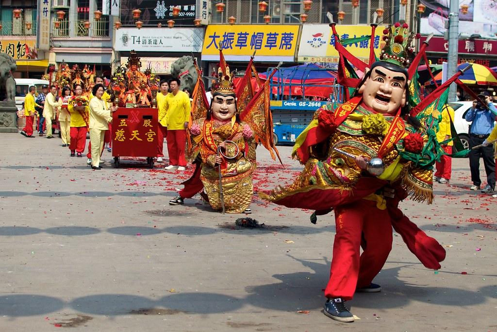 Mazu Festival: Dajia Mazu Temple, Taichung San Tai Zi 2