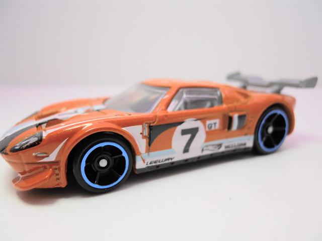 hot wheels ford gt orange (2)