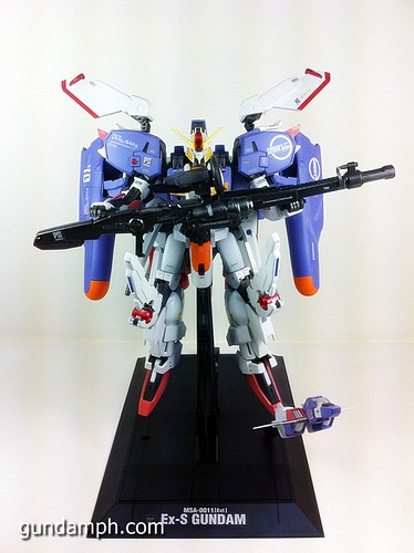 MG EX-S Gundam Custom Painted (2)