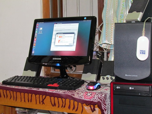 Komputer dengan Linux Ubuntu