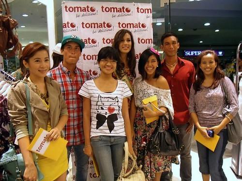 Team Azkalz, Bloggers United & Miss Earth title holders! :)