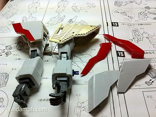 Building 1-60 Shining Gundam HGEX (11)
