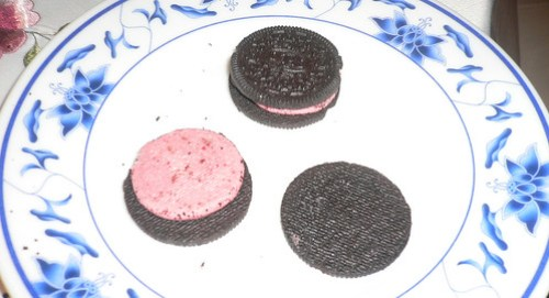 Berry Burst Ice Cream Oreo Naked