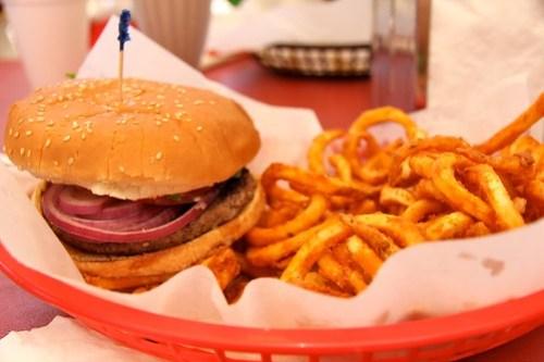 Dam Burger