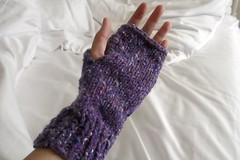 fingerless mittens!