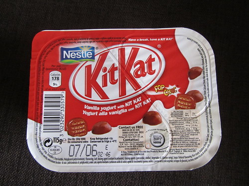 Kit Kat Pop Choc Yogurt