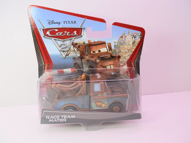 disney cars 2 race team mater (2)