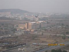 1) Common sports amenities 2) Sunway Megapolis...