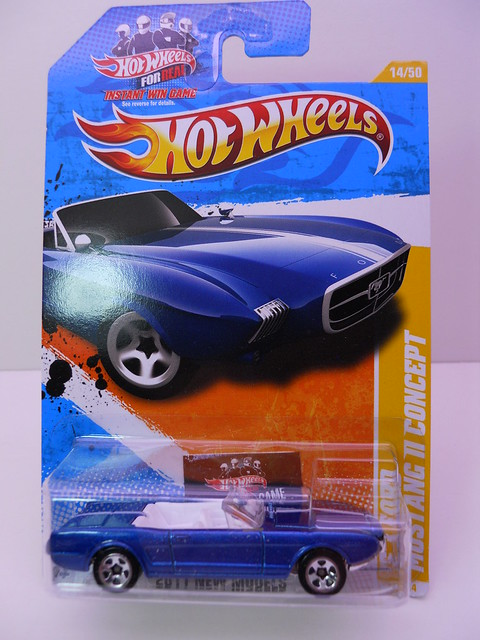 hot wheels '63 ford mustang II concept blue (1)