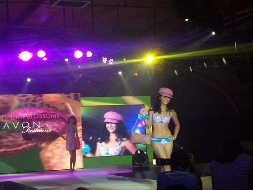 Avon Party fashion show