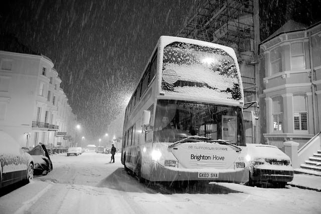 stuck bus on eaton manor