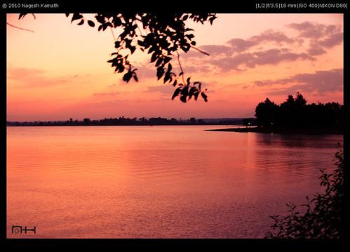 The Sun sets on Kabini