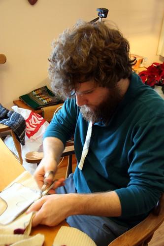 Jonathan makes mittens