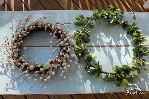 2Wreaths.jpg