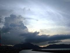 Dibawah Langit Ulee Lee