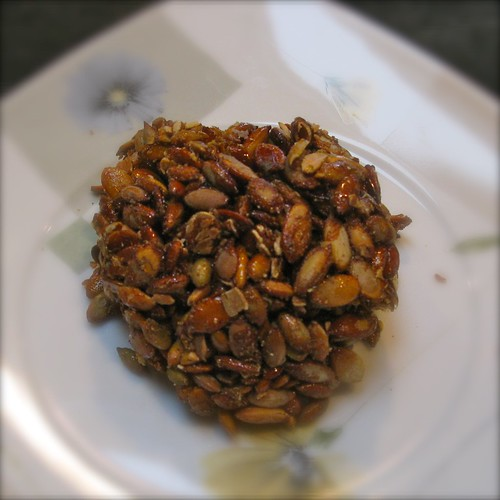 Roasted pumpkin seeds with agave and cardamom