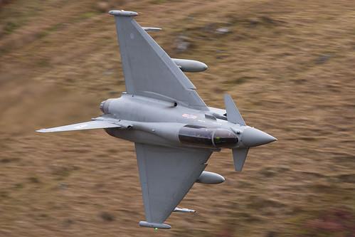 ZJ802 Typhoon T1