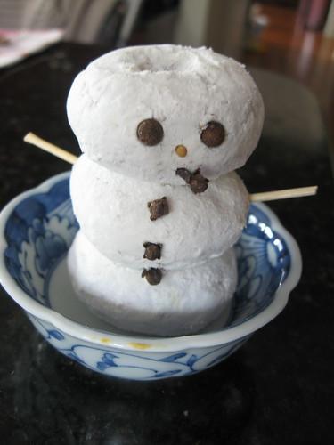 snowman - mini doughnut