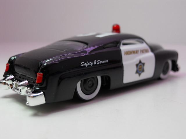 jada toys heat '51 merc police (3)