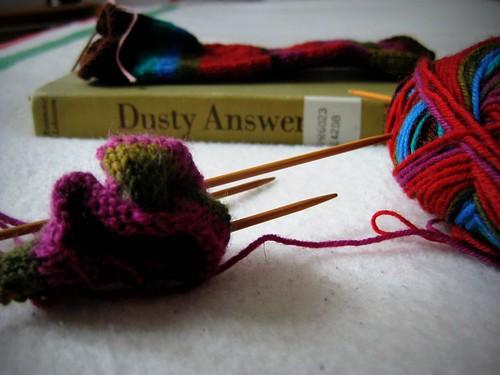Yarn Along 04/05/11