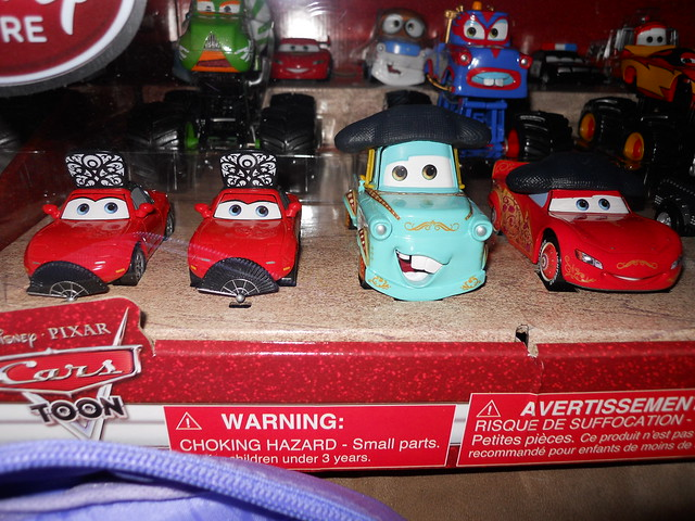 Disney Store CARS TOON 20 Car Set (6)