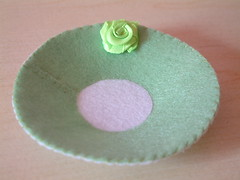how to make ribbon roses-17