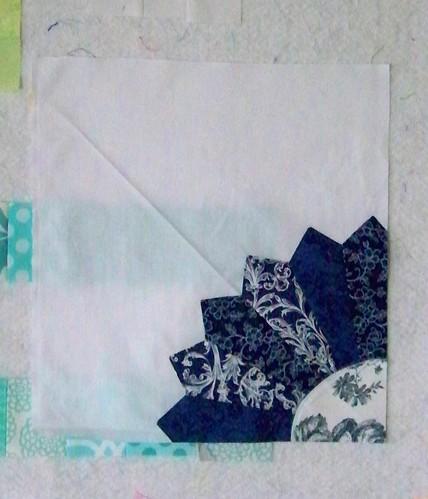 cobalt blue dresden plate quilt block