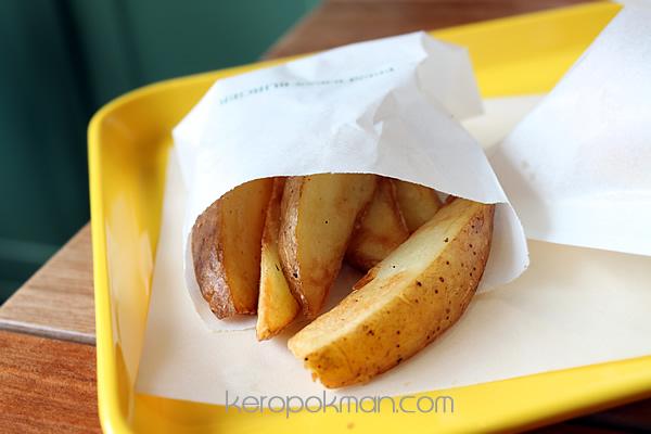 Freshness Burger - Fried Potatoes from Hokkaido Farms