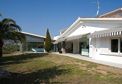 Property exterior - villa for sale near Barcel...