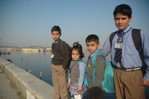 Kashmir - Zannat Zamin par by Vasu..