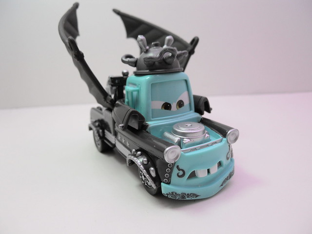 disney cars deluxe music video mater (2)