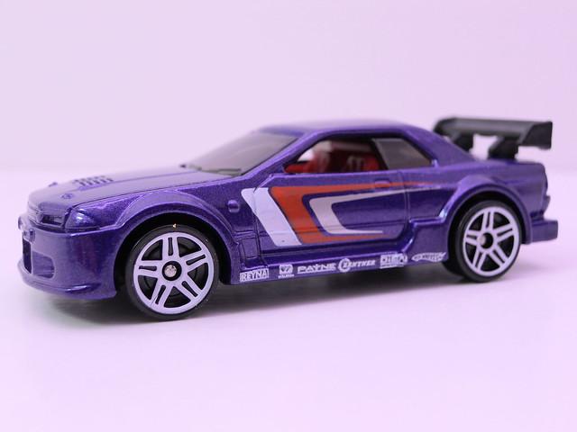 hot wheels 2 cars race scene (3)