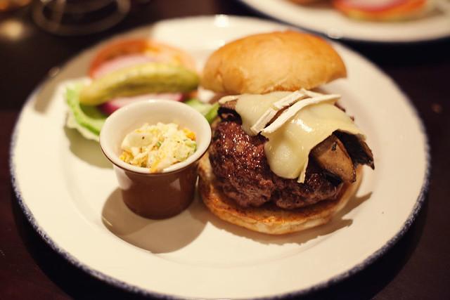 Burger stuffed with truffled mushroom