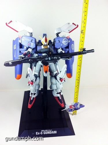 MG EX-S Gundam Custom Painted (25)