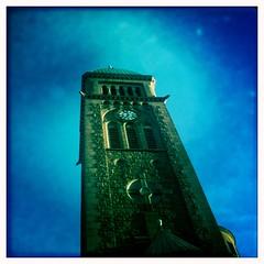 Vasakyrkan blue Sky