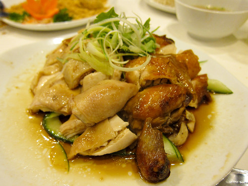 Hainanese Chicken and Roasted Chicken at Wee Nam Kee