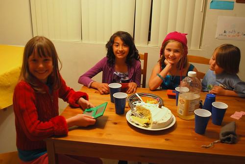three girls and three DSi's