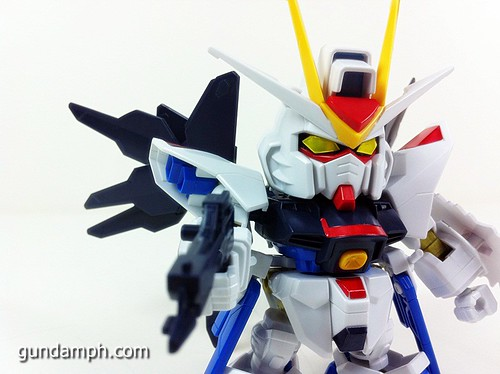 pics SD Strike Freedom Gundam (2)