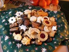 """Die Weihnachtsplätzchen • <a style=""""font-size:0.8em;"""" href=""""http://www.flickr.com/photos/42554185@N00/14187270225/"""" target=""""_blank"""">View on Flickr</a>"""