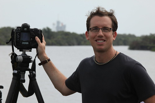 Trey Ratcliff, photographer, in front of Space Shuttle Atlantis