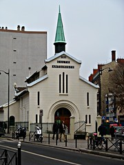 Paris: Chiesa Antonista