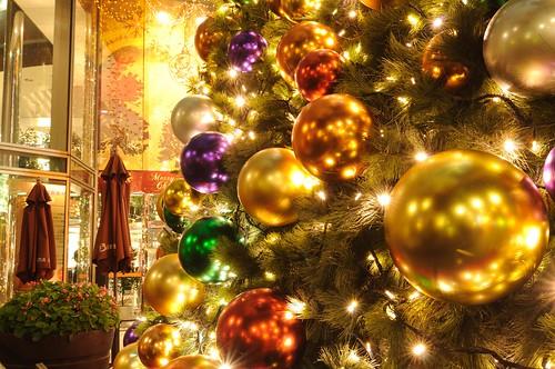 遠企中心 2010 聖誕樹