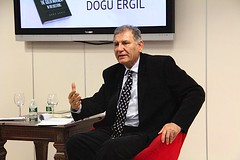 Book_Signing_Event_Professor_Dogu_Ergil_7
