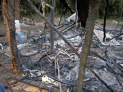Vivienda quemada