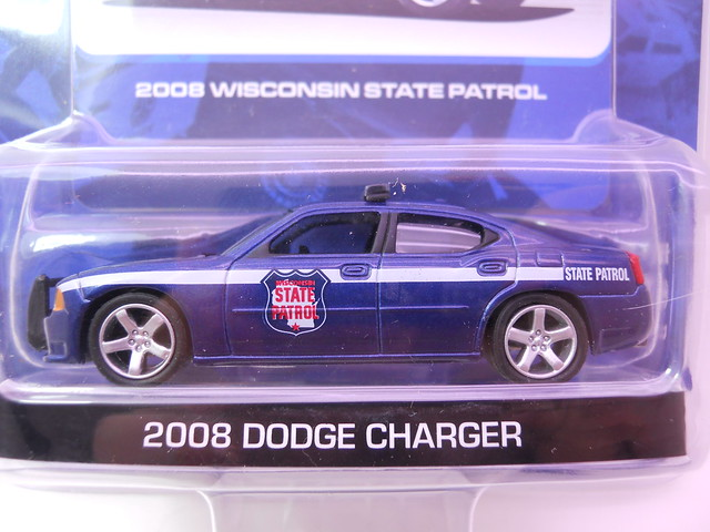 GREEN LIGHT HOT PURSUIT 2008 WISCONSIN STate patrol DODGE CHARGER POLICE CAR  (2)