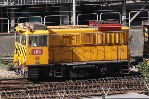 MTR battery-electric loco L64 shunting at Kowloon Bay depot