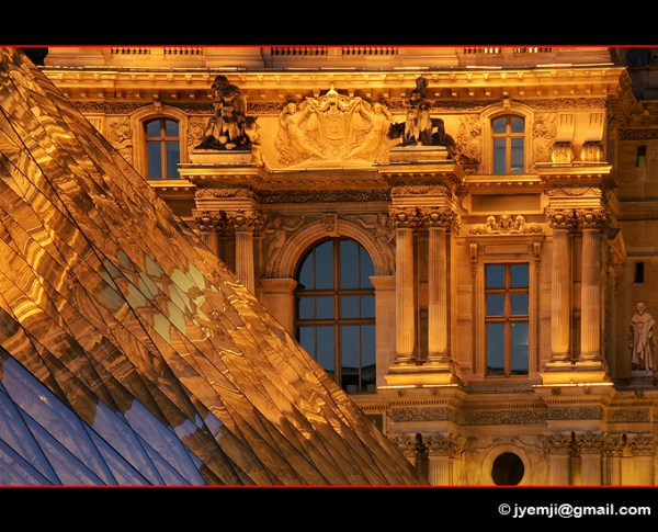 Paris Louvre 9736 © Hatuey Photographies