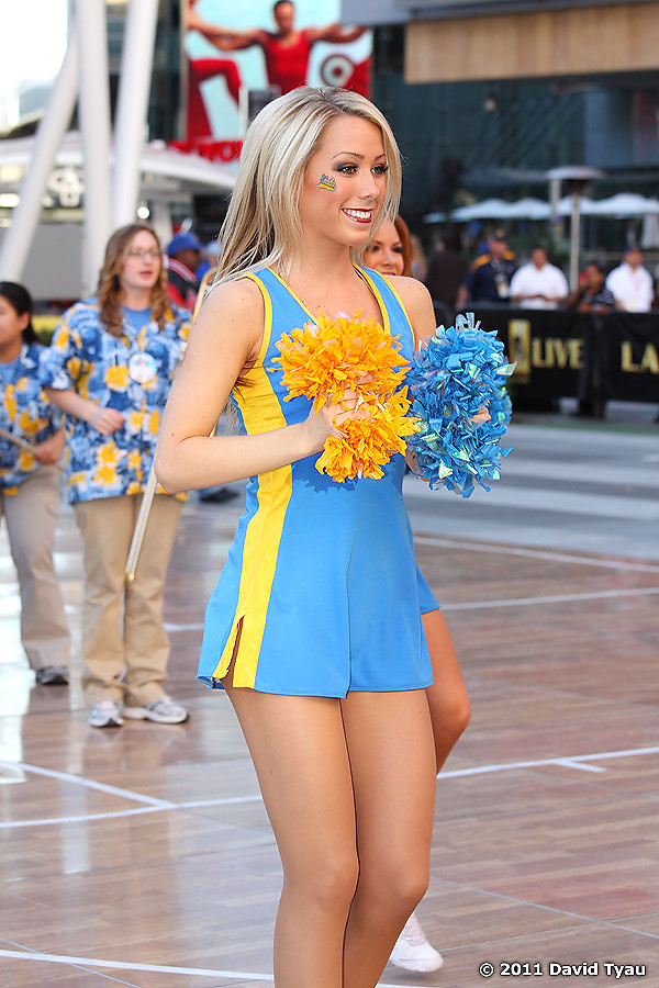 UCLA Dance Team 014