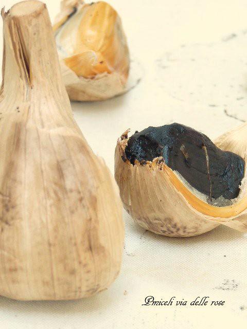 Aglio nero - Black garlic