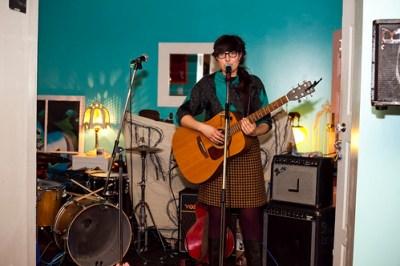 Gianna Lauren @ Raw Sugar Cafe